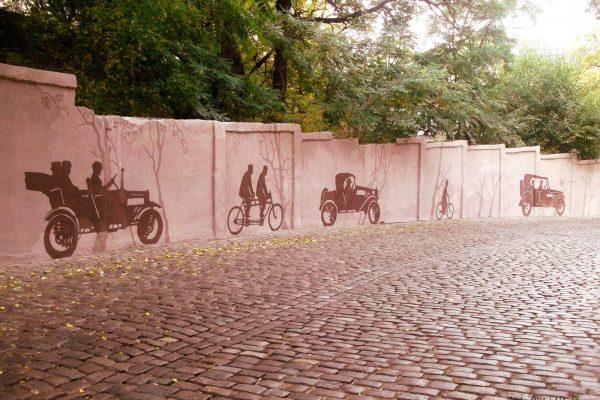 Силуэтная роспись стен Карантинного спуска в Одессе | Aрт-студия «Peach»