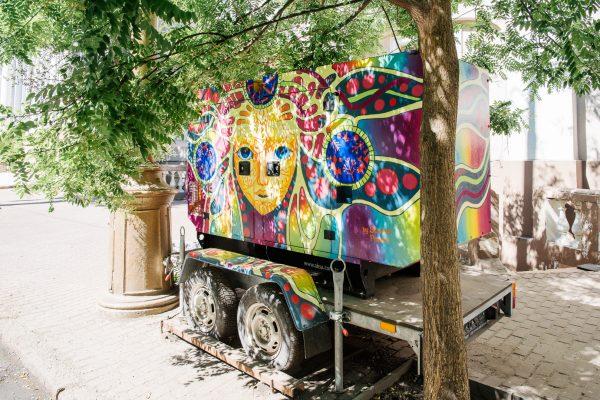 Рисунке в Одессе на улице и в интерьере
