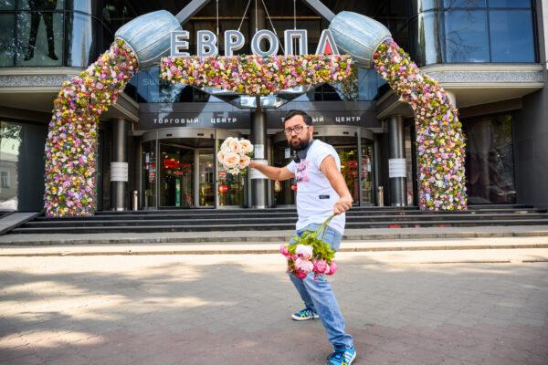 Алексей Шкурат и декор торговых центров